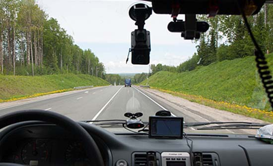 Запрет на видеорегистраторы на лобовом стекле сбивается время на видеорегистраторе cbx090